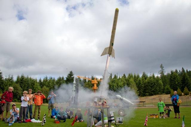 4 Rocket Class 7-11-13_0331 (640x427)