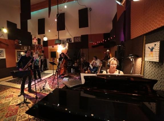 7 JB RECORDING SESSION AT SOUNDTRAP STUDIO CRIBBS