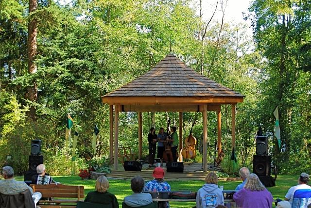 Meerkerk Gardens in Greenbank hosts Bluegrass extravaganza | Whidbey ...
