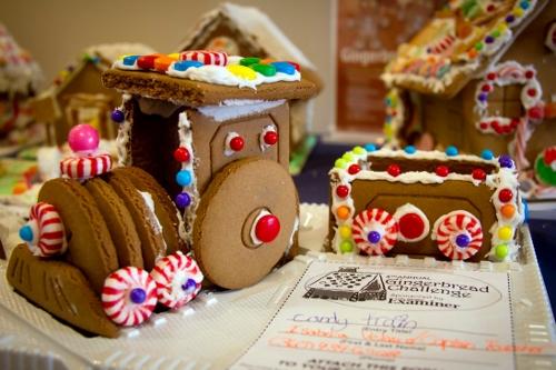 Gingerbread Train 2 (500x333)