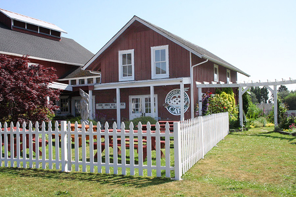 Whidbey Pies Café at Greenbank Farm (photo by Susan Wenzel)