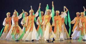 "Dancers for NWLA's ""China Pearls"" (photo credit: Melody Institute)"
