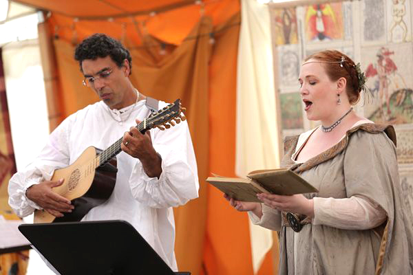Morgan Bondelid performing an Elizabethan song accompanied by Troy Chapman playing a baroque guitar