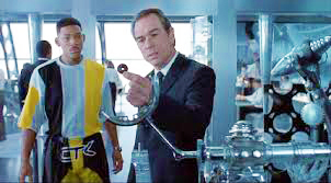 "Tommy Lee Jones (right) with Will Smith in a scene fro the sci-fi comedy ""Men In Black""  (image provided by the author)"
