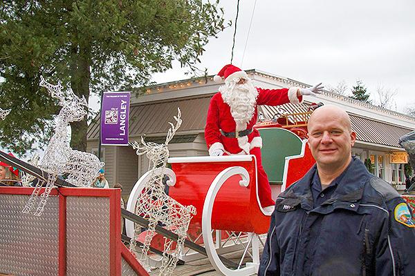 Cop&Santa