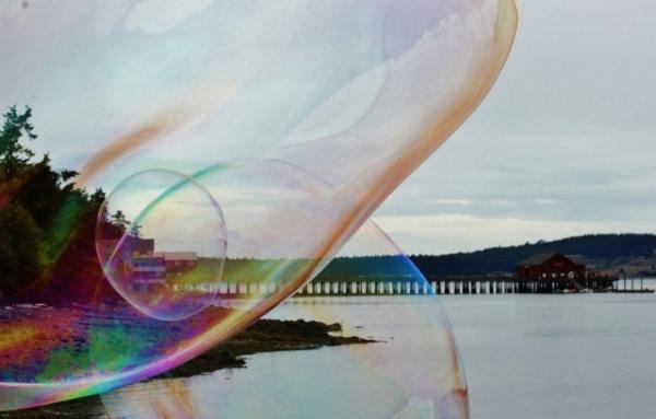 Five -Coupeville Wharf Bubble (640x409)