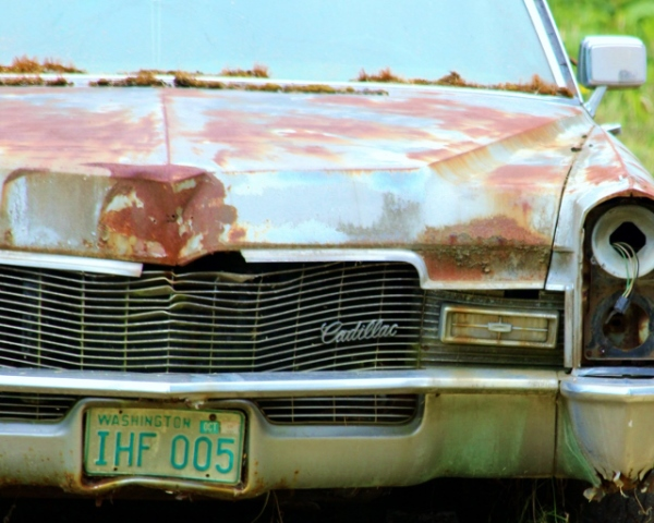 Seven - Rusty Cadillac (640x512)