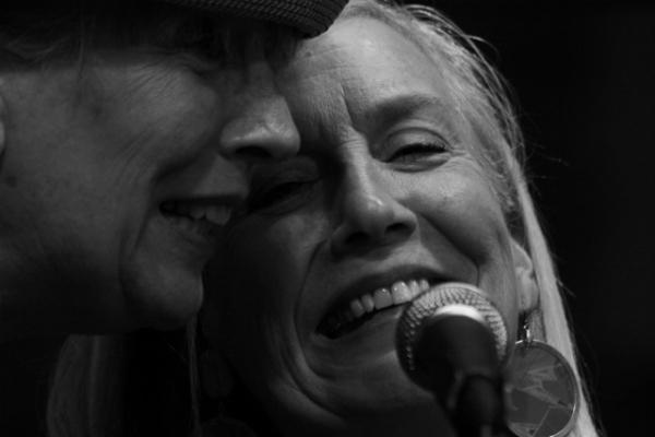 ten - Karin Blaine and Siri Barderson at Tres Gringos (2)  (640x427)