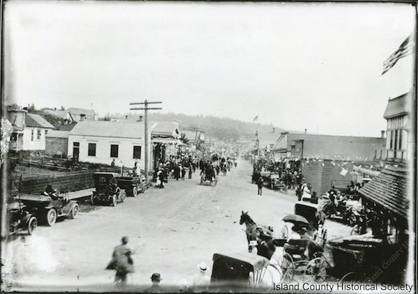 The Fourth of July celebration in Oak Harbor, 1915.