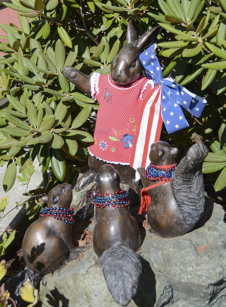 Clinton Library's critters have just learned our history of the 4th of July  (photo by Marsha Morgan)