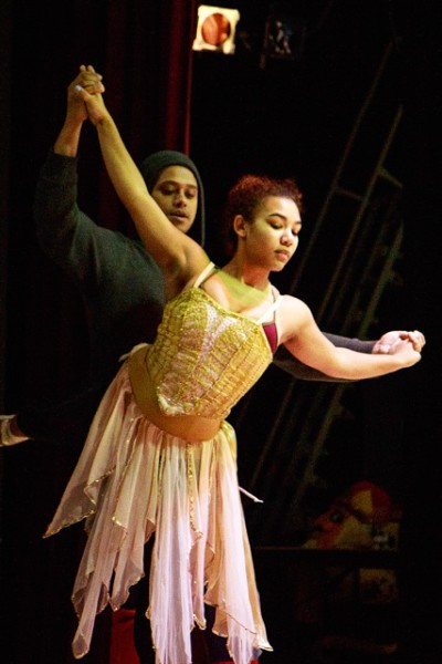 WIDT Company dancer Faith O'Brochta with choreographer and guest dancer Bojohn Diciple, (Photo by David Welton)