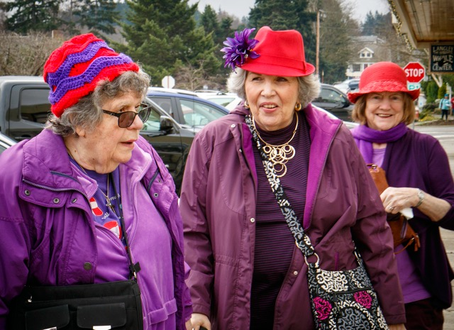 This trio of amateur sleuths is also part of the Red Hat Society. Many visiting sleuths wear costumes of their own to add to the mayhem of Mystery Weekend.