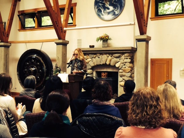 Dani Shapiro stirs the cauldron with her lyric keynote. (photo by Catherine Willis Cleveland)