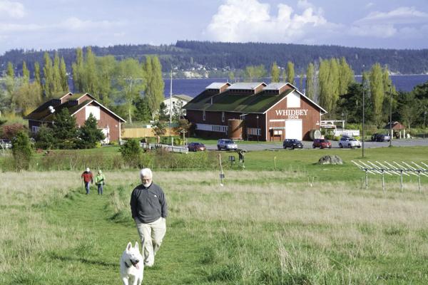 There are dozens of ways to enjoy Greenbank Farm. (photo by Marsha Morgan)