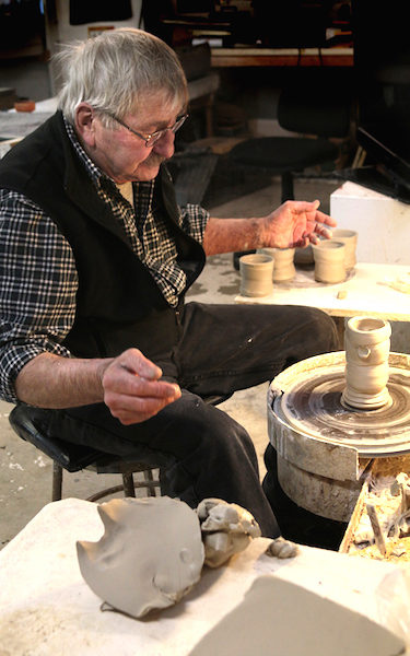 Al Tennant constructs his ceramic pieces following wabi-sabi sensibilities.