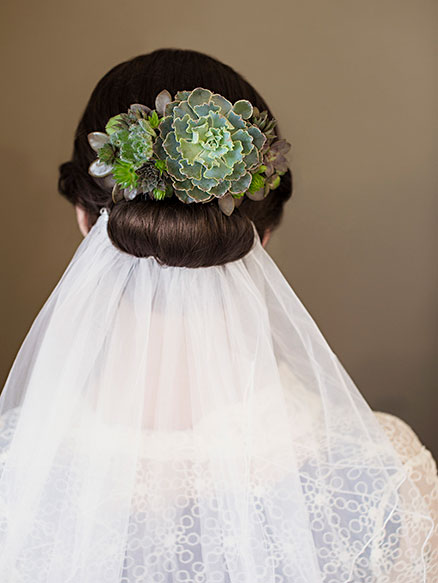 Hairpiece created from sedum by Vases Wild. Photo by Shonda Hilton Photography