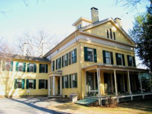 Emily Dickinson's home (Photo in public domain)